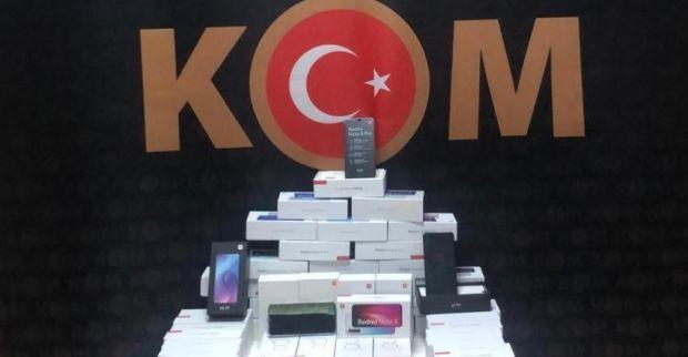 58 KAÇAK CEP TELEFONU ELE GEÇİRİLDİ
