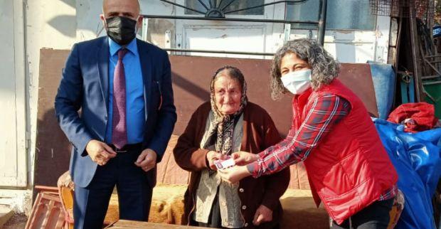82 yaşında CHP'nin yeni üyesi oldu