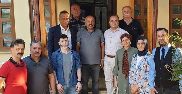 AK Parti'den Derince'den muhtarlara ziyaret