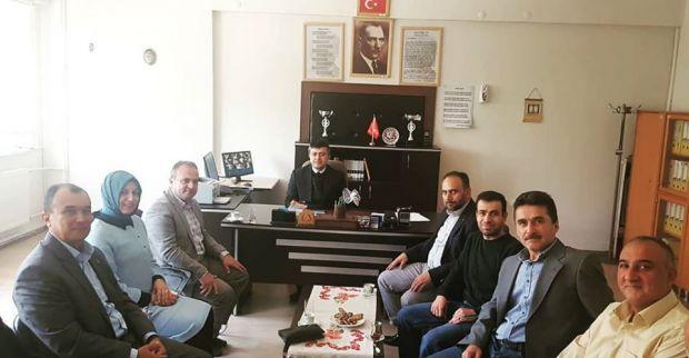 AK Parti'den eğitimcilere ziyaret