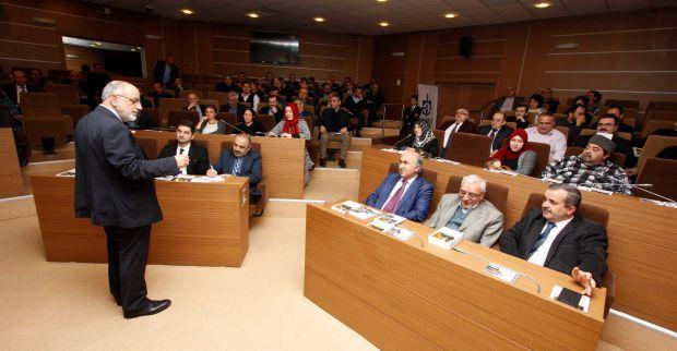 Akademisyen Mustafa Özel'den ''Stratejik Liderlik'' konulu eğitim