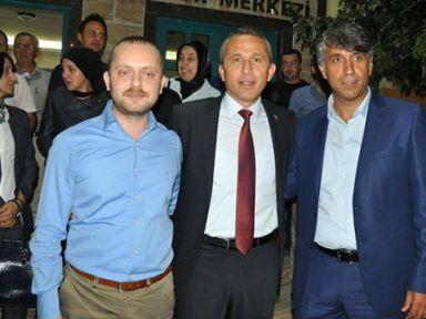 AKP'de 3 aday var