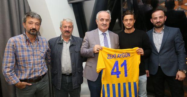 Başkan Aygün Futbolcularla Buluştu