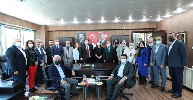 Başkan Hürriyet'ten Gelecek Partisine ziyaret