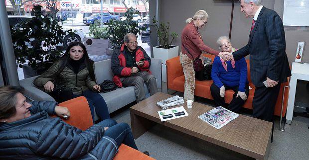 Başkan Karaosmanoğlu,  Dünyagöz'ü ziyaret etti