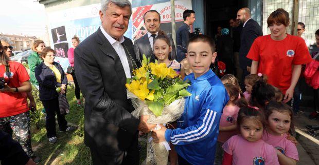 """Başkan Karaosmanoğlu, 'Spor sağlıklı yaşamın en önemli aracıdır"""""""