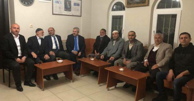 Başkanlar Cami Cemaatiyle Sohbet Etti
