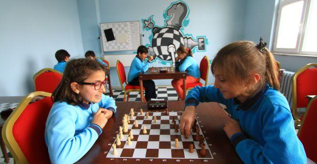 Büyükşehir 86 okula satranç sınıfı kazandırdı