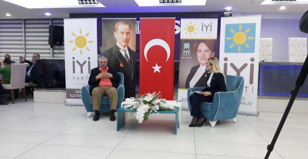CAN ATAKLI DERİNCE'DE KONFERANS VERDİ