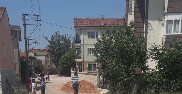 Çenedağ Mahallesi ve Fatih'de yollar  asfalt bekliyor