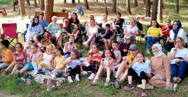 Çenesuyu İlkokulu 2/B Sınıfı yıl sonu etkinliğinde buluştu