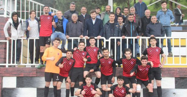 Derince Birlikspor U19 Türkiye şampiyonasına gidiyor