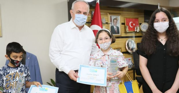 Derince Ufka Yolculuk ve Bilgi Kültür Yarışması'nın ödülleri sahiplerini buldu