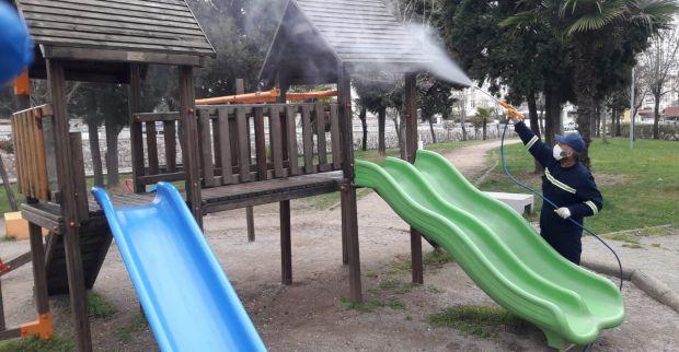 Derince'de Parklar Pırıl Pırıl