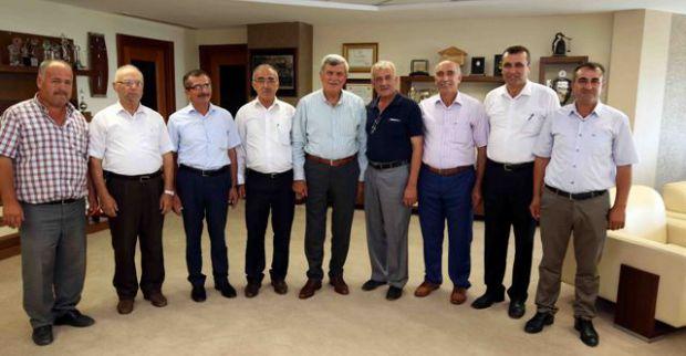Derinceli köy muhtarlarından  Başkan Karaosmanoğlu'na teşekkür