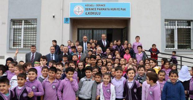 Eğitim Camiasından Pakmaya Huriye Pak İlkokuluna ziyaret