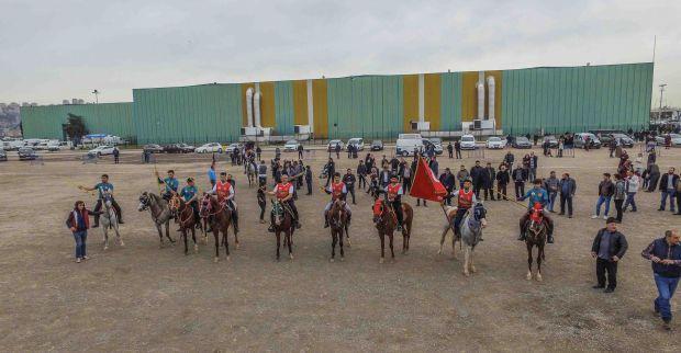 Erzurumlular gününde Cirit gösterisi nefes kesti