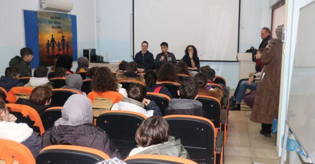 Fen Lisesi öğrencileri Bilgievi'nde