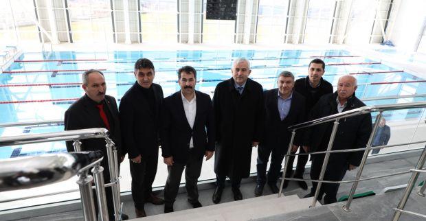 Gündoğdu'dan Dilovası Yarı Olimpik Yüzme Havuzu'na inceleme