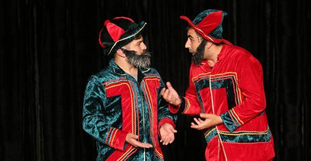 'Hacivat ve Karagöz' ile kahkahaya doydular