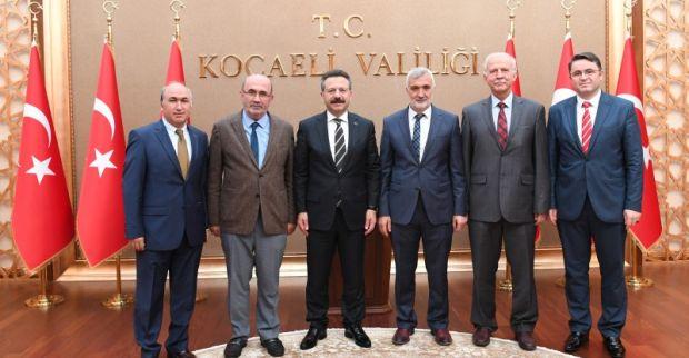 İlim Yayma Cemiyeti Kocaeli Şube Başkanı ve Yönetim Kurulu Üyeleri, Sayın Valimizi Ziyaret  Etti