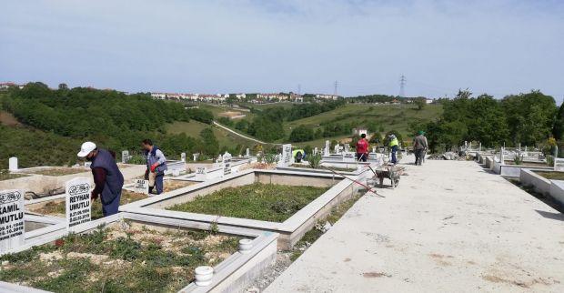 İlimtepe Mezarlığında düzenleme çalışması