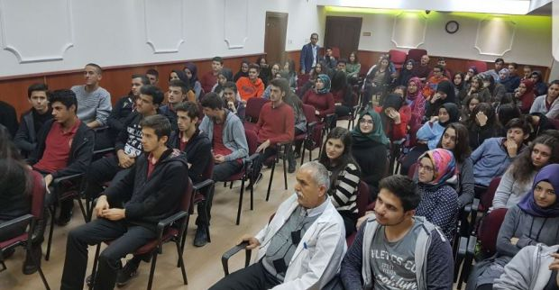 İMO Derince Necip Fazıl Anadolu Lisesi Kariyer Günlerine Katıldı