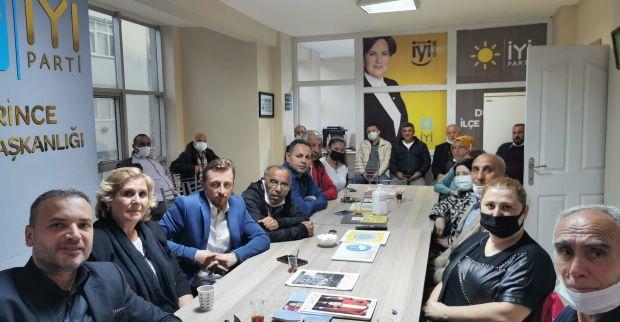İYİ Parti Derince İlçe Başkanlığı ,Haftalık Yönetim Kurulu toplantısını gerçekleştirdi