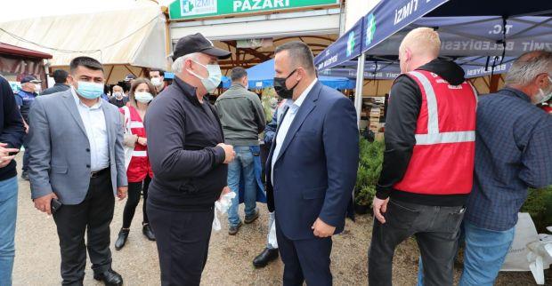 İzmit Belediyesi üst düzey yöneticileri  Yeşilova'da pazarcı esnafını dinledi