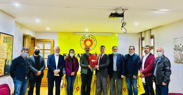 İzmit Belediyesi üst yönetimden  Eğitim Sen'e ziyaret