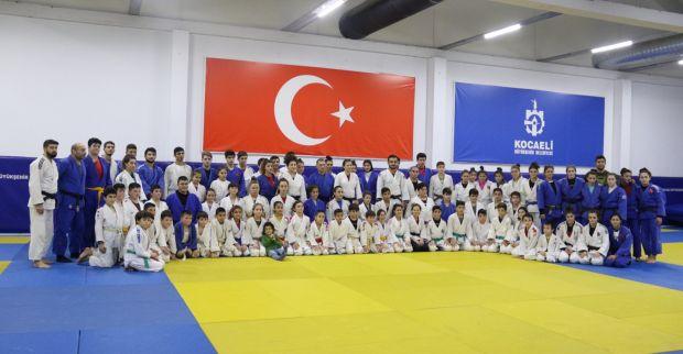 Judonun efsanesi yeni şampiyonlar yetiştiriyor