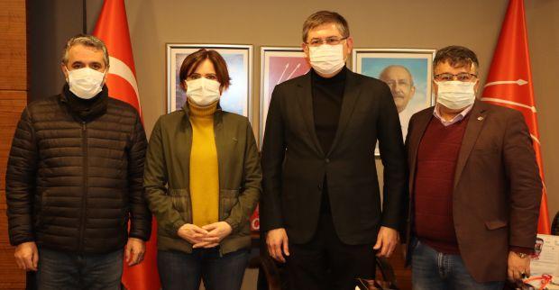 Kaftancıoğlu ve Yıldızlı Adak'ın ailesini ziyaret etti