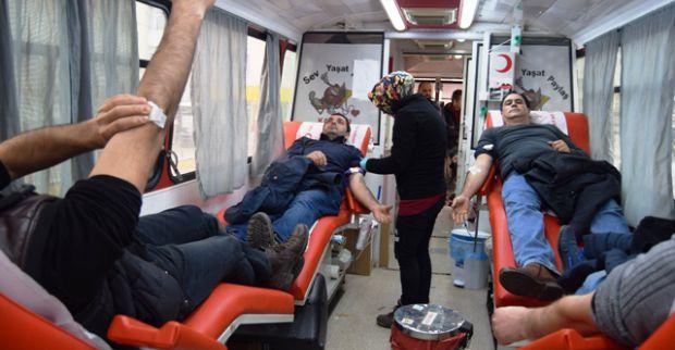 Kızılay'ın Kan Bağış Aracı Derince'deydi