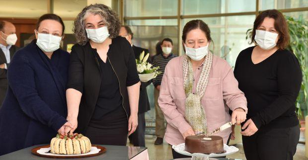 """Kocaeli Sanayi Odası'nda """"8 Mart Dünya Kadınlar günü """"kutlandı"""