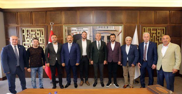 Kocaelili inşaatçılar, Sakarya'yı da çözüm arayış sürecine dahil etti