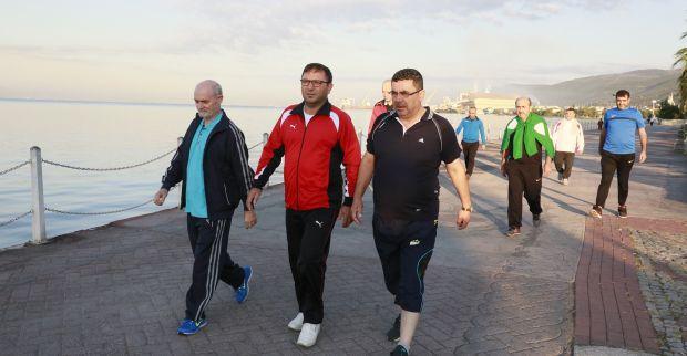 Körfez 'Sağlıklı Yaşam' Yürüyüşlerine Devam Ediyor