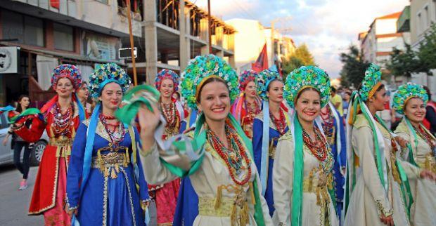 Körfez'de muhteşem festival