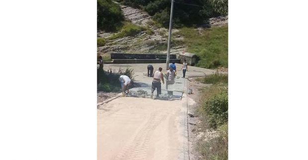 Köylerde parke çalışmaları sürüyor