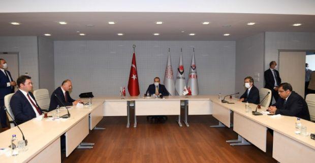 Maske ve Test Merkezinin Protokol İmza Töreni, Vali Seddar Yavuz'un Başkanlığında Gerçekleştirildi