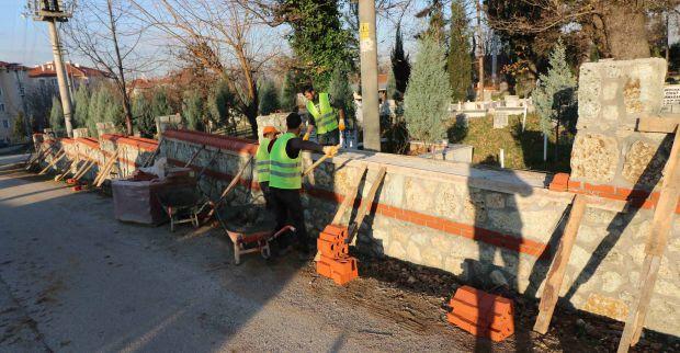 Mezarlıklar yenileniyor