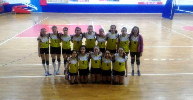 Midi Kızlar'da Gelişim Spor 3-0'la kazandı