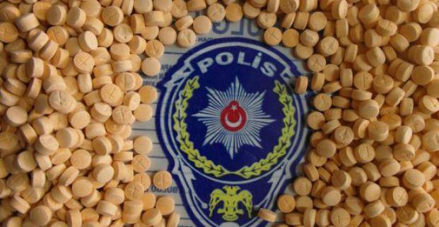 Narkotik ekipleri Derince'de uyuşturucu operasyonu yaptı