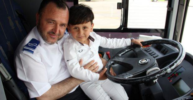 Otobüste unutulan Abdullah'ın ailesi  ikinci bayramı yaşadı