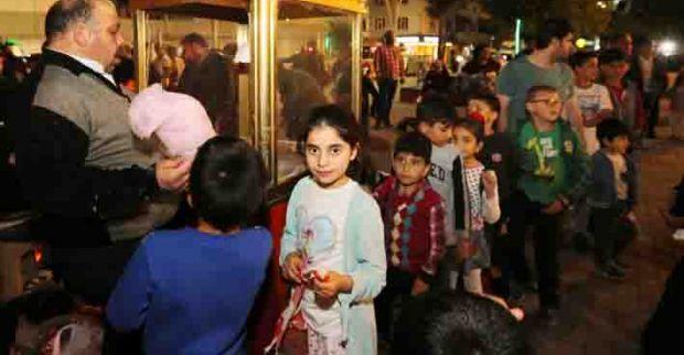 Ramazan'da Çocuklar Çok Daha Mutlu