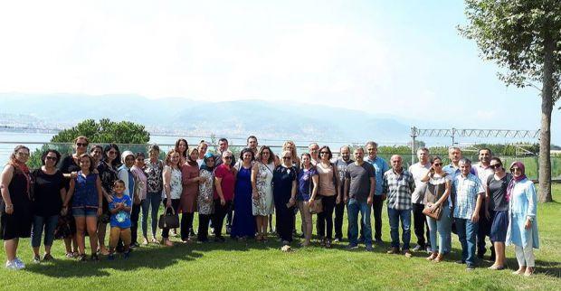 Sabancı Ortakları Çalışanları İlkokulu öğretmenleri  gelecekten umutlu