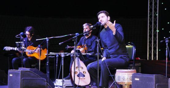 Sami Yusuf'tan muhteşem konser