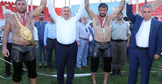Sevindikli'de gülen Ekrem Yavuz oldu