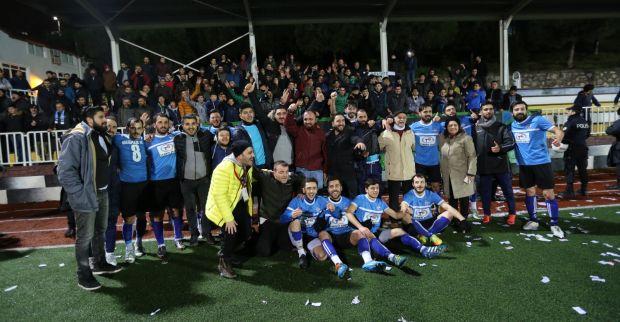Sırrıpaşa FK ilk  maçına çıkıyor