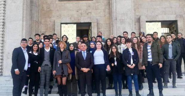 Tahsin Tarhan, Kocaeli Üniversitesi Platformu Üyesi 90 Öğrenciyi TBMM'de ağırladı