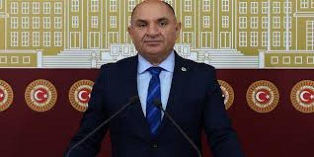 Tarhan, 19 Mayıs Atatürk'ü Anma, Gençlik ve Spor Bayramıyla ilgili bir mesaj yayınladı.